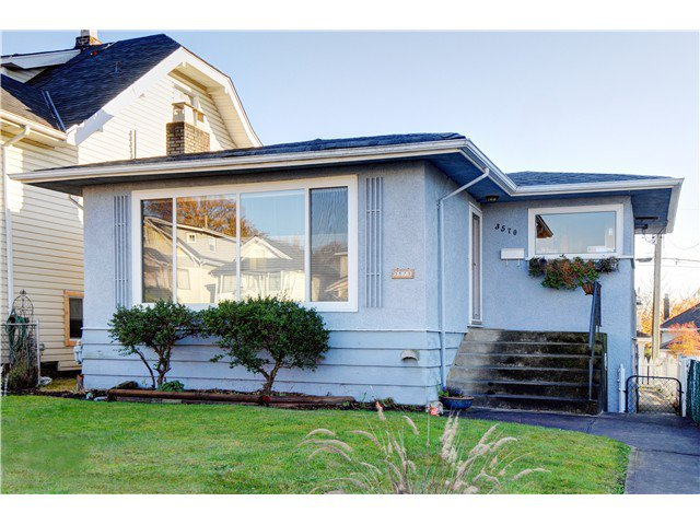 """Main Photo: 3570 TRIUMPH Street in Vancouver: Hastings East House for sale in """"THE HEIGHTS"""" (Vancouver East)  : MLS®# V989031"""