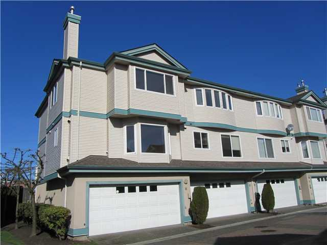 "Main Photo: 14 22800 WINDSOR Court in Richmond: Hamilton RI Townhouse for sale in ""PARC SAVANNAH"" : MLS®# V996472"