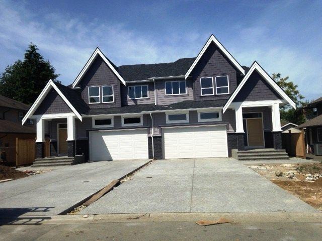 Main Photo: 12309 Bonson Road in Pitt Meadows: House 1/2 Duplex for sale