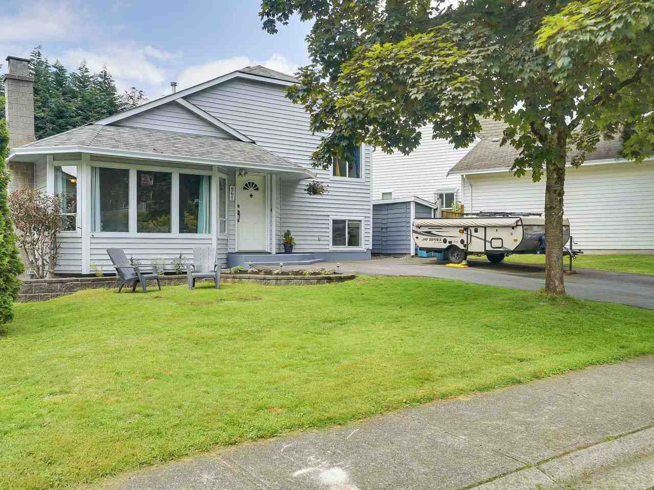 Main Photo: 861 NAIRN COURT in : Roche Point House for sale : MLS®# R2179746
