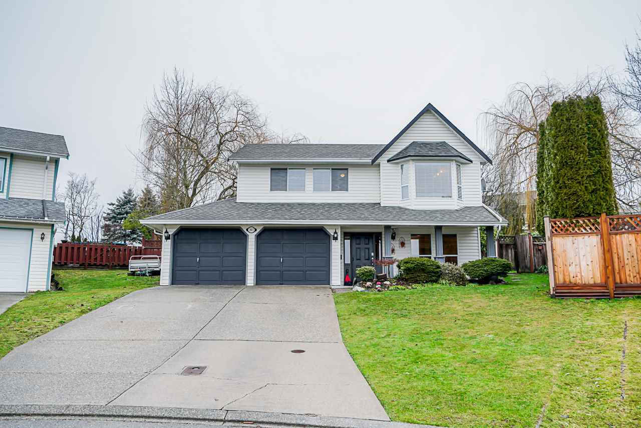 """Main Photo: 3917 WATERTON Crescent in Abbotsford: Abbotsford East House for sale in """"Sandy Hill"""" : MLS®# R2432366"""