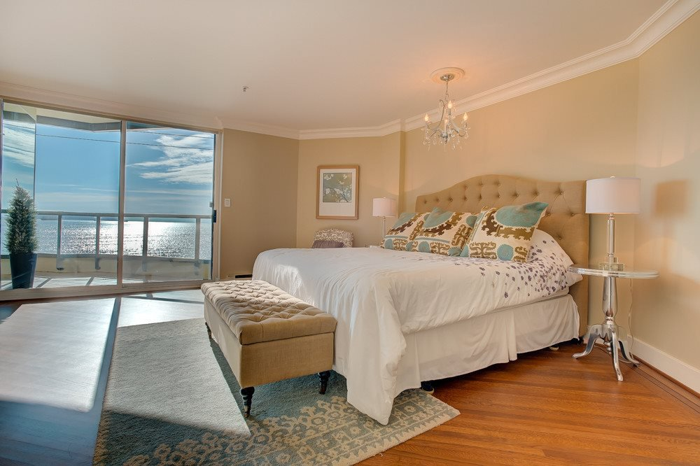 """Photo 11: Photos: 202 101 22ND Street in West Vancouver: Dundarave Condo for sale in """"Argyle Point"""" : MLS®# R2441837"""