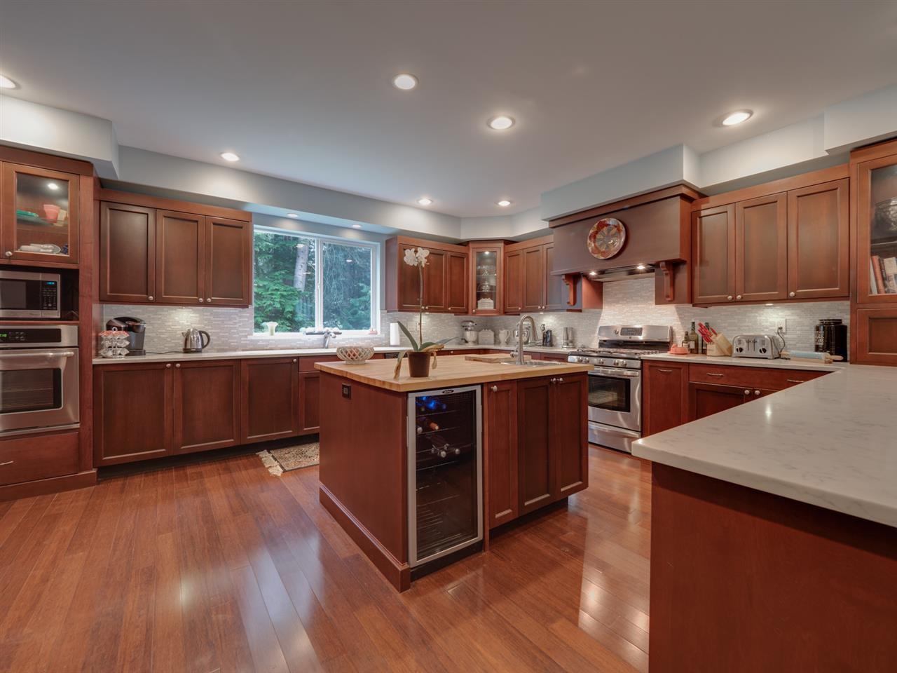 Photo 4: Photos: 8223 REDROOFFS Road in Halfmoon Bay: Halfmn Bay Secret Cv Redroofs House for sale (Sunshine Coast)  : MLS®# R2464862