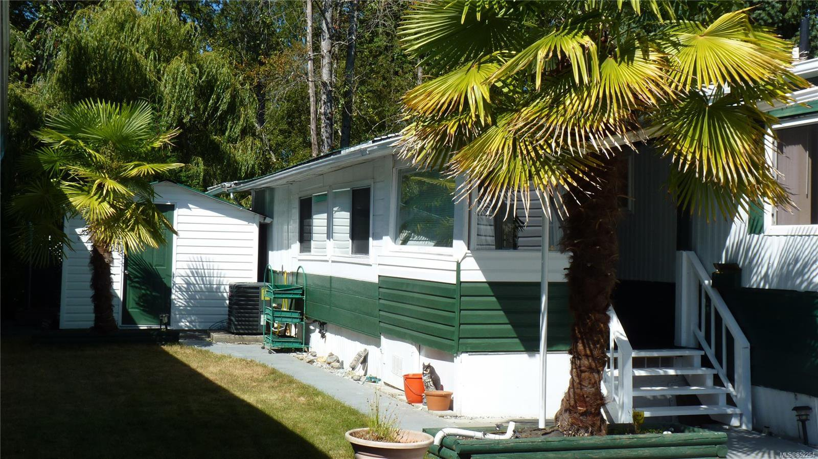 Main Photo: 430 2885 Boys Rd in : Du East Duncan Manufactured Home for sale (Duncan)  : MLS®# 852254