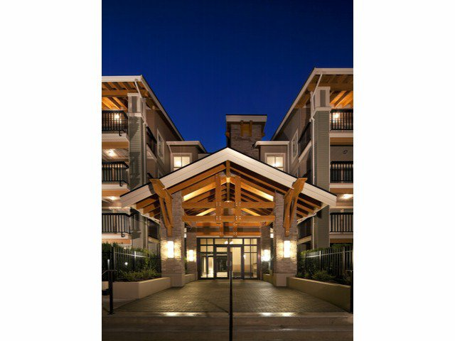 "Main Photo: 403 21009 56TH Avenue in Langley: Salmon River Condo for sale in ""Cornerstone"" : MLS®# F1228337"