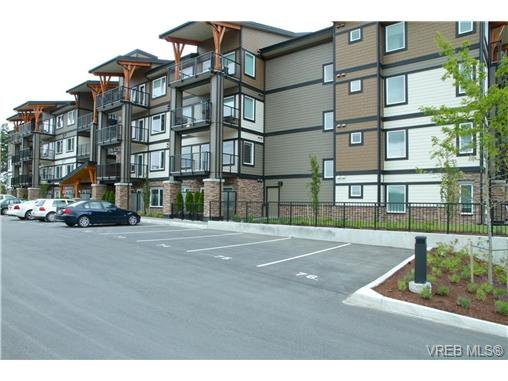 Main Photo: 403 286 Wilfert Road in VICTORIA: VR Six Mile Condo Apartment for sale (View Royal)  : MLS®# 325621