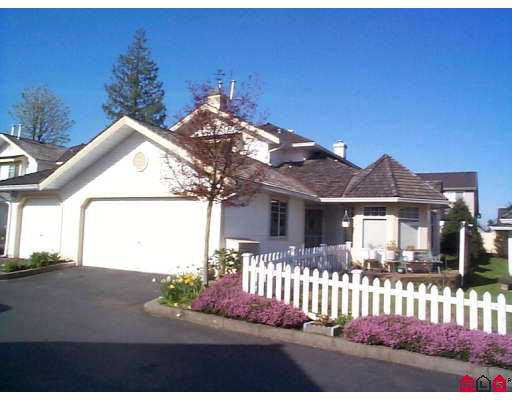 Main Photo: 119 8737 212 in : Walnut Grove Townhouse for sale (Langley)