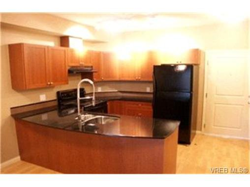 Main Photo:  in VICTORIA: La Langford Proper Condo for sale (Langford)  : MLS®# 408746