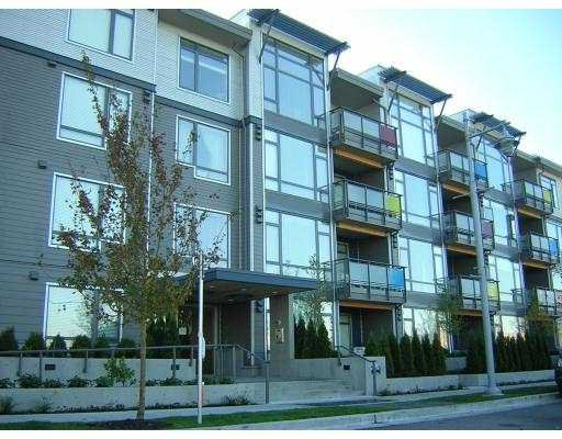 "Main Photo: 14100 RIVERPORT Way in Richmond: East Richmond Condo for sale in ""WAITERSTONE PIER"" : MLS®# V615942"