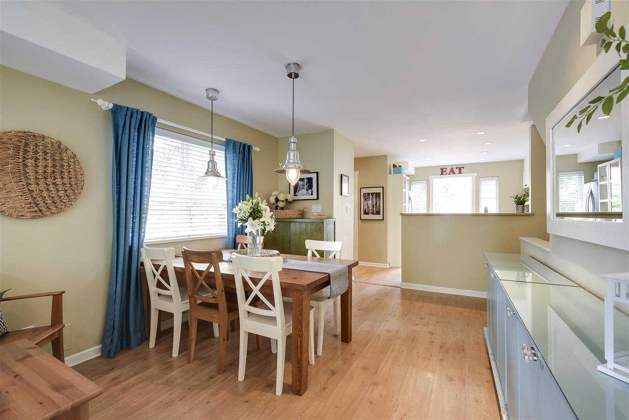 Photo 5: Photos: 27 4787 57 STREET in Delta: Delta Manor Townhouse for sale (Ladner)  : MLS®# R2295923
