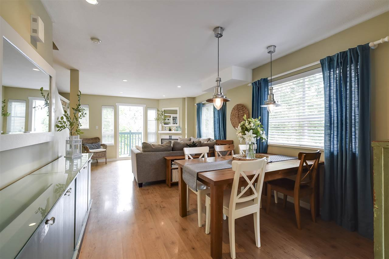 Photo 6: Photos: 27 4787 57 STREET in Delta: Delta Manor Townhouse for sale (Ladner)  : MLS®# R2295923
