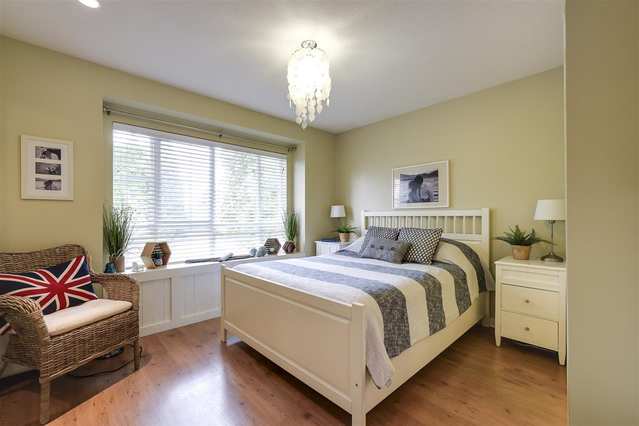 Photo 9: Photos: 27 4787 57 STREET in Delta: Delta Manor Townhouse for sale (Ladner)  : MLS®# R2295923