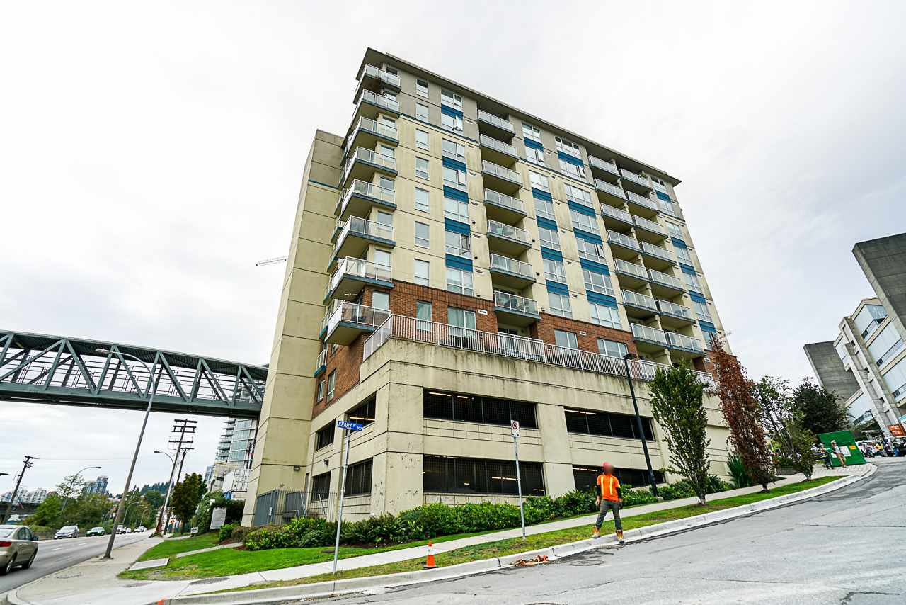 "Main Photo: 104 200 KEARY Street in New Westminster: Sapperton Condo for sale in ""THE ANVIL"" : MLS®# R2409767"