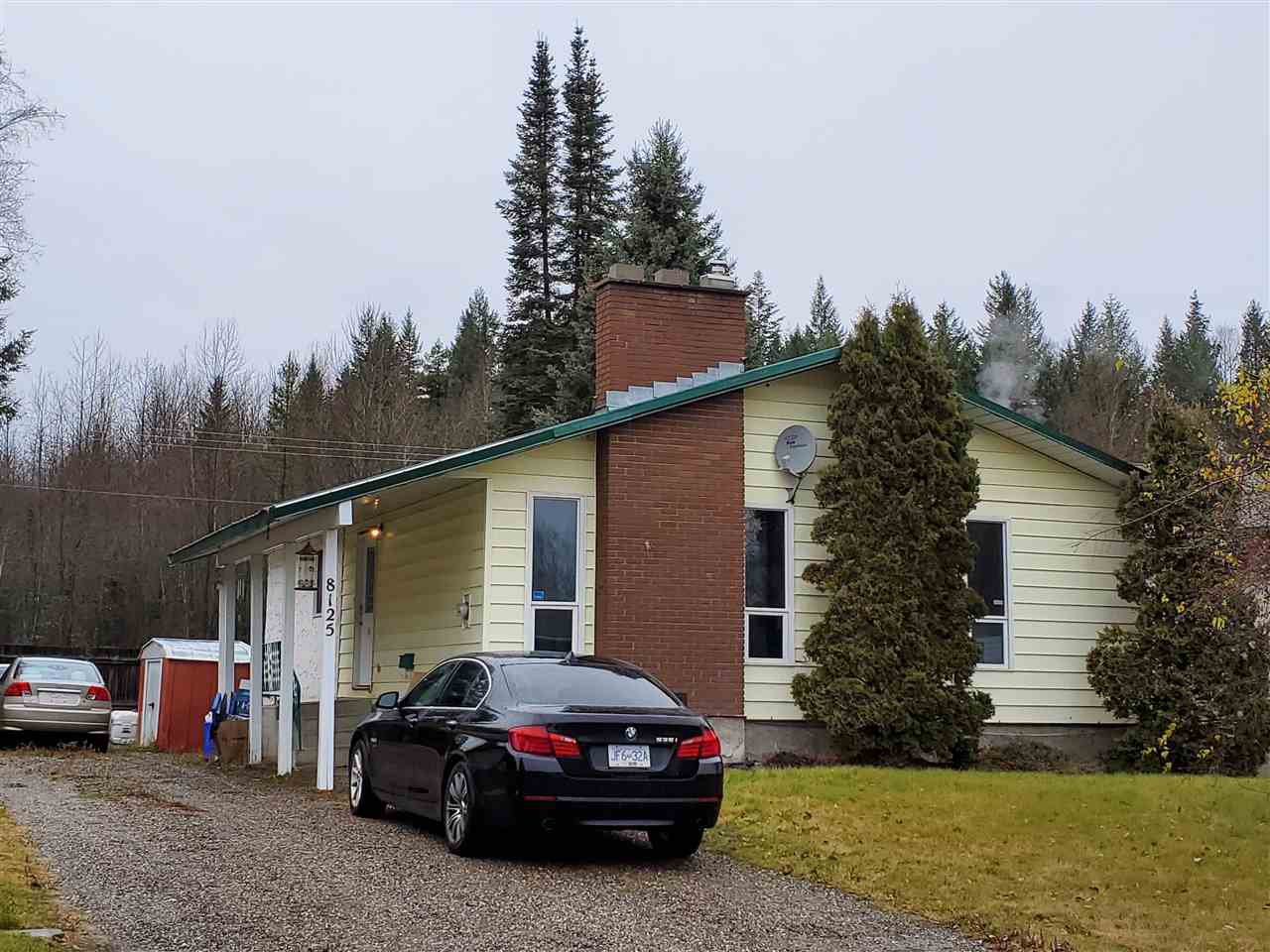 """Main Photo: 8125 ROCHESTER Crescent in Prince George: Lower College House for sale in """"LOWER COLLEGE HEIGHTS"""" (PG City South (Zone 74))  : MLS®# R2418789"""