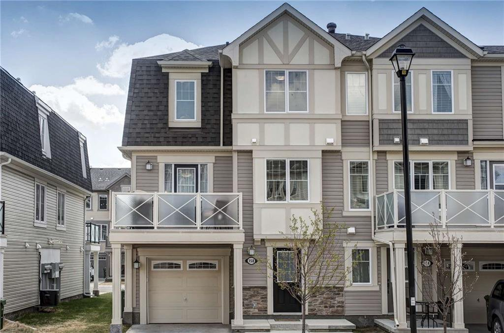 Main Photo: 158 WINDSTONE Mews SW: Airdrie Row/Townhouse for sale : MLS®# C4295967