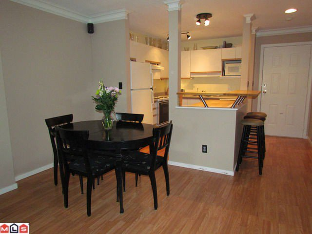Photo 4: Photos: 104 33887 MARSHALL Road in Abbotsford: Central Abbotsford Condo for sale : MLS®# F1202856
