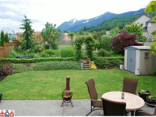 Photo 6: Photos: 8510 UNITY Drive in Chilliwack: Eastern Hillsides House for sale : MLS®# H1202356