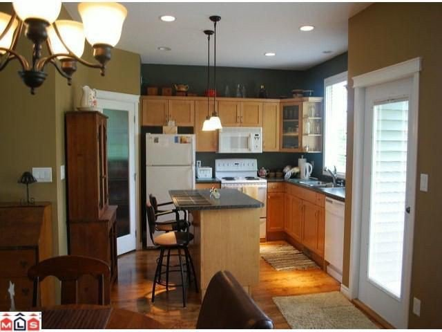 Photo 3: Photos: 8510 UNITY Drive in Chilliwack: Eastern Hillsides House for sale : MLS®# H1202356