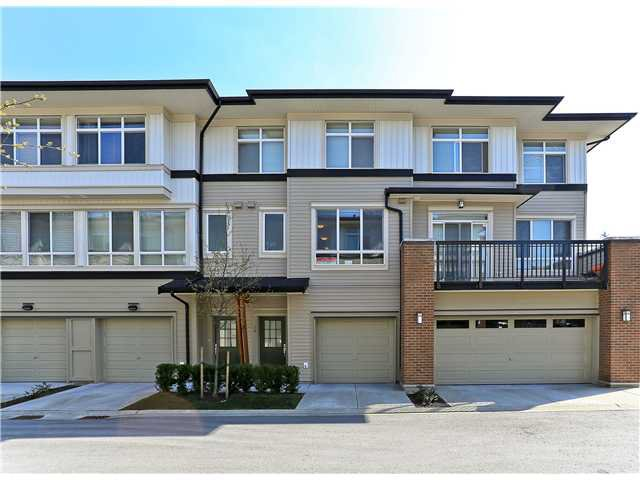 """Main Photo: 78 1125 KENSAL Place in Coquitlam: New Horizons Townhouse for sale in """"KENSAL WALK"""" : MLS®# V998248"""