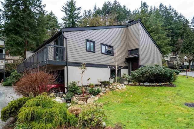 Main Photo: 1001 Heritage Boulevard in North Vancouver: Seymour NV 1/2 Duplex for sale : MLS®# R2135337
