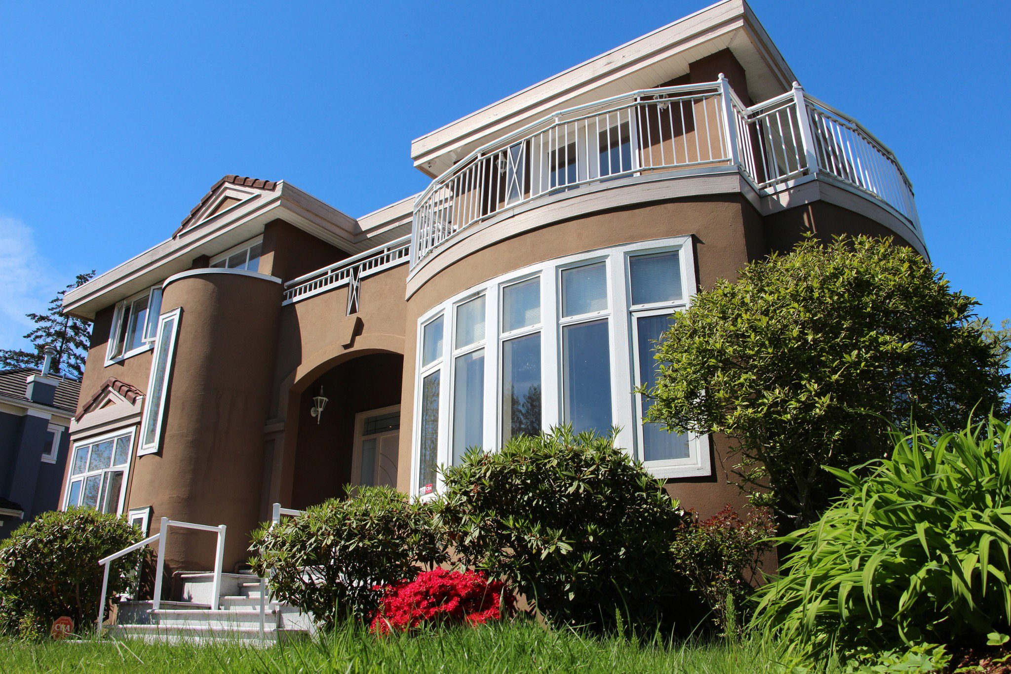 Main Photo:  in Vancouver: Kitsilano House for rent (Vancouver West)  : MLS®# AR045