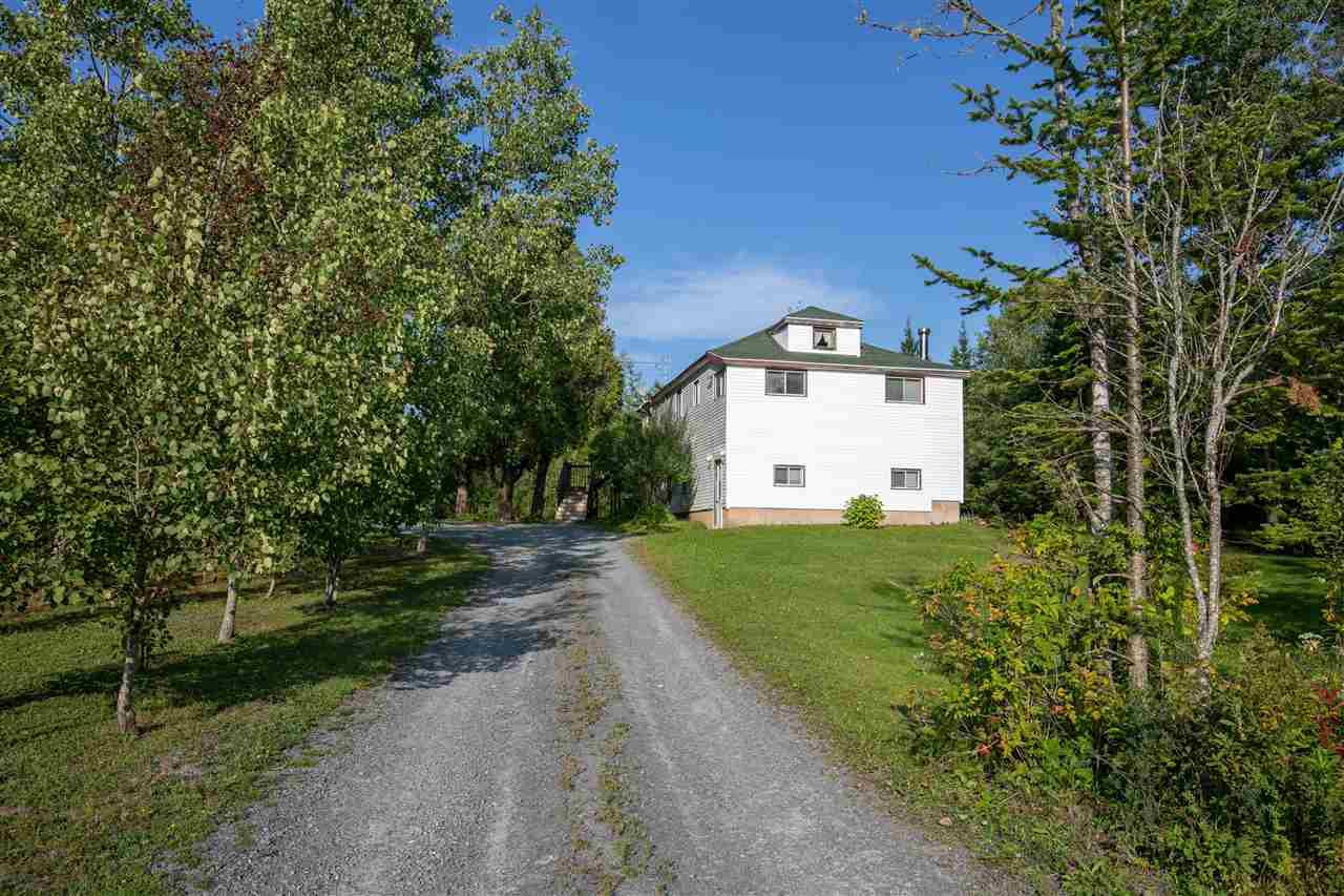 Main Photo: 647 Highway 1 in Mount Uniacke: 105-East Hants/Colchester West Residential for sale (Halifax-Dartmouth)  : MLS®# 202018615
