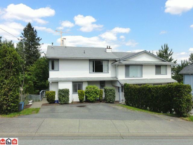 Main Photo: 14767 ST ANDREWS Drive in Surrey: Bolivar Heights House 1/2 Duplex for sale (North Surrey)  : MLS®# F1215614