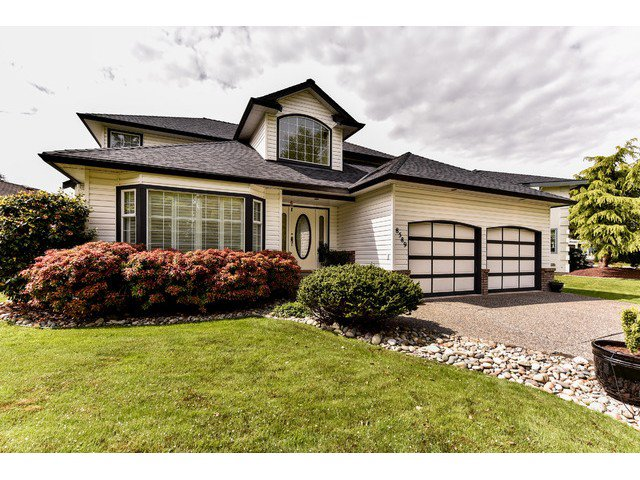Main Photo: 8589 166 ST in Surrey: Fleetwood Tynehead House for sale : MLS®# F1439686