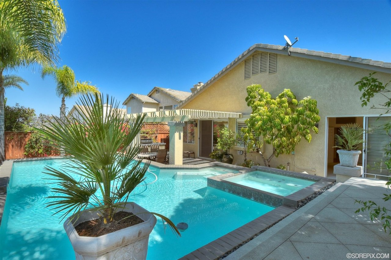 Photo 23: Photos: Residential for sale : 3 bedrooms : 11576 Scripps Creek Dr in San Diego