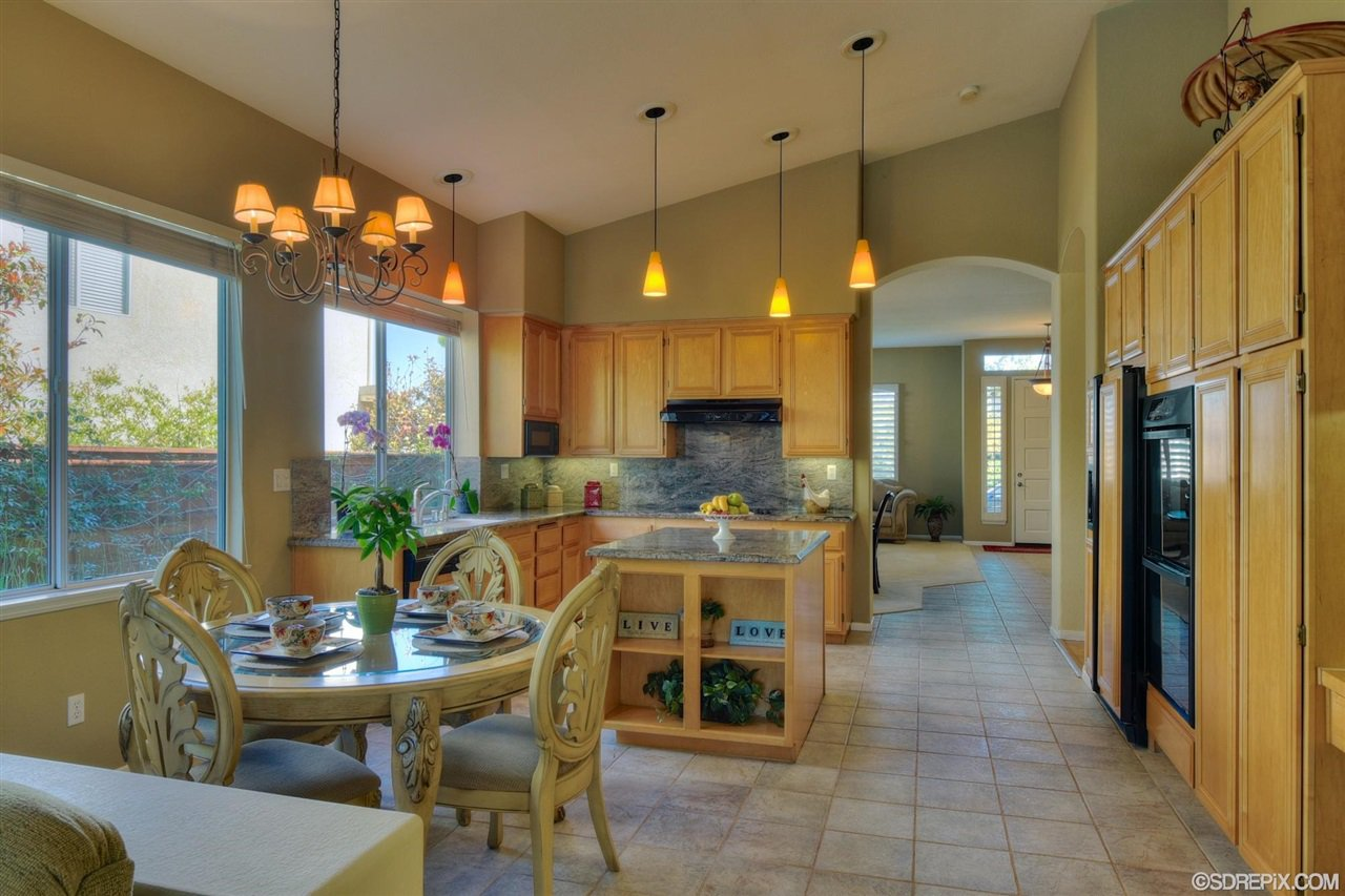 Photo 8: Photos: Residential for sale : 3 bedrooms : 11576 Scripps Creek Dr in San Diego