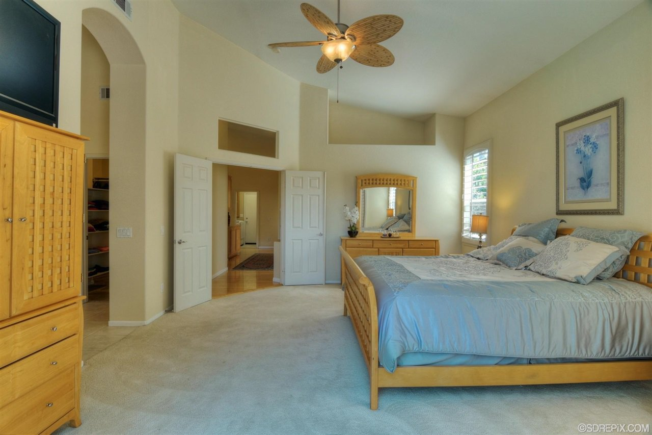 Photo 14: Photos: Residential for sale : 3 bedrooms : 11576 Scripps Creek Dr in San Diego