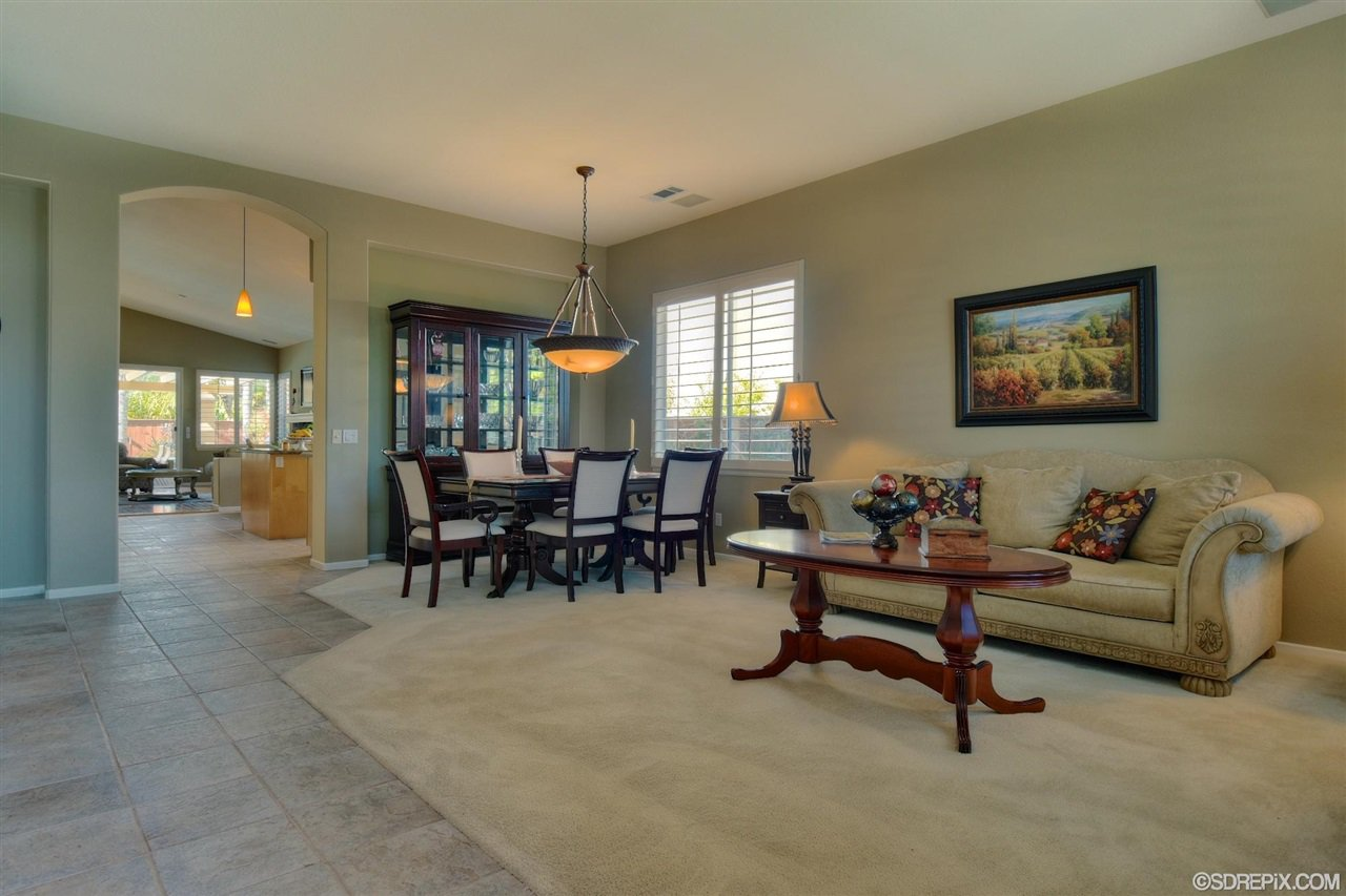 Photo 2: Photos: Residential for sale : 3 bedrooms : 11576 Scripps Creek Dr in San Diego