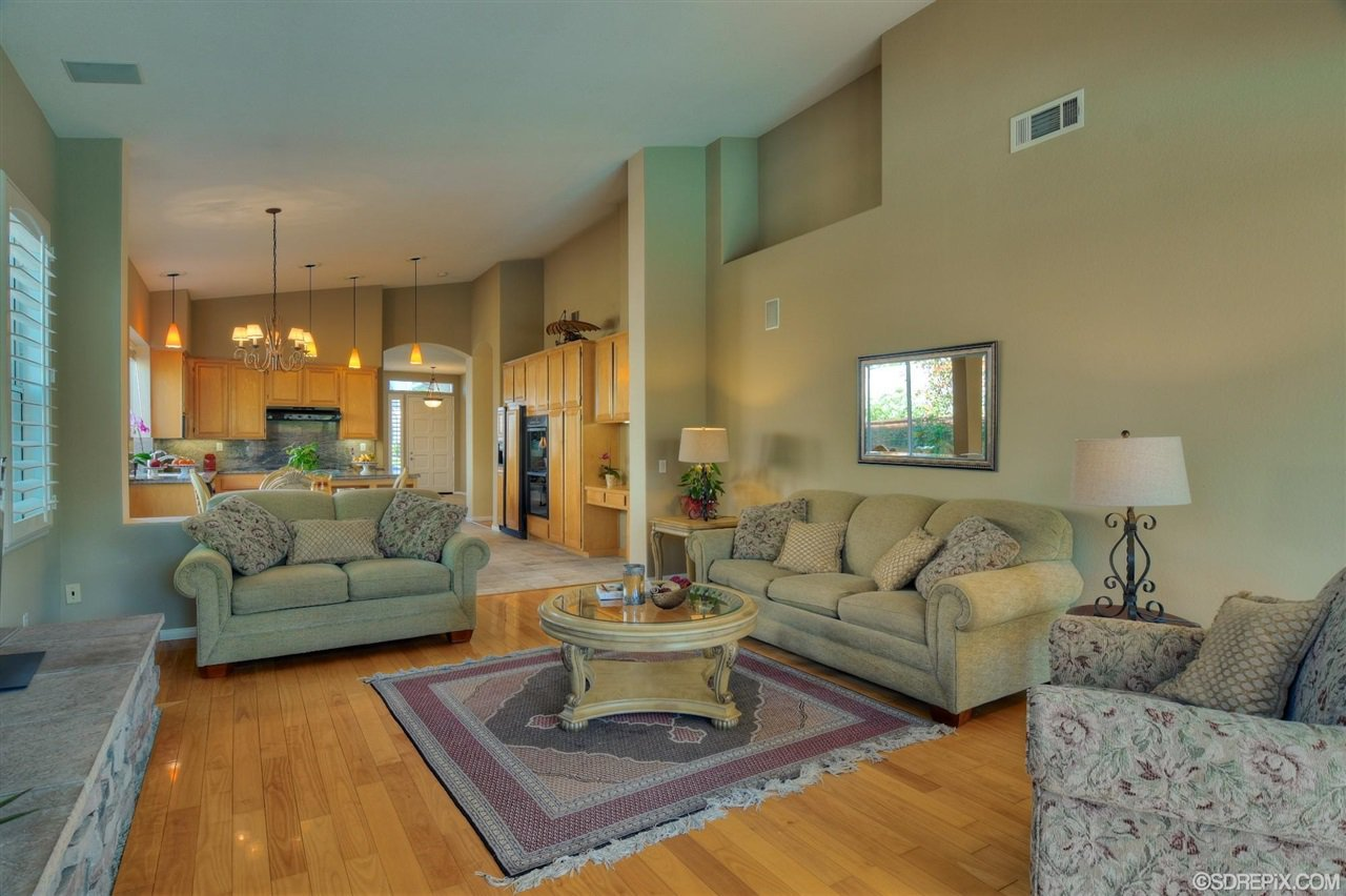 Photo 11: Photos: Residential for sale : 3 bedrooms : 11576 Scripps Creek Dr in San Diego