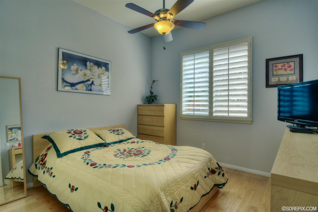 Photo 16: Photos: Residential for sale : 3 bedrooms : 11576 Scripps Creek Dr in San Diego