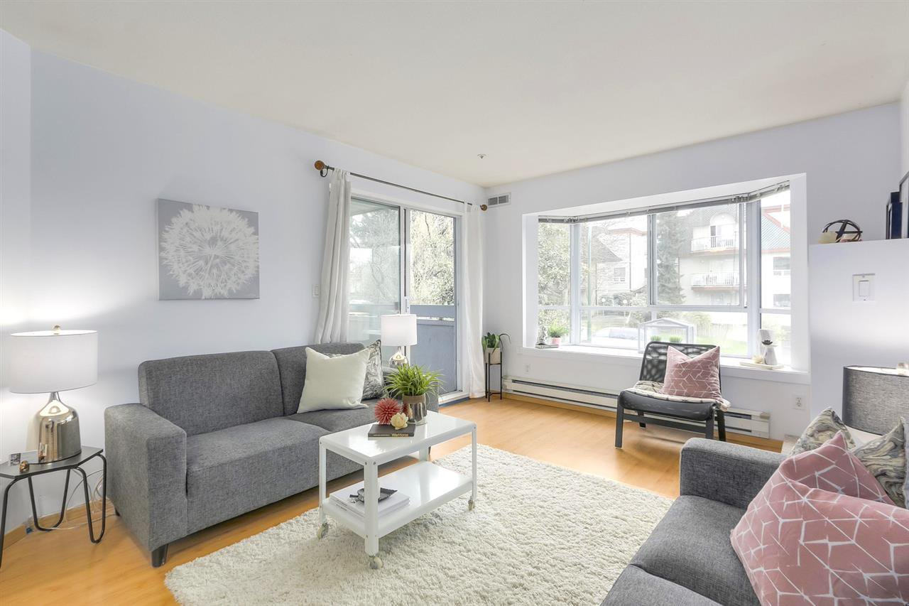 Main Photo: 304 1729 E GEORGIA STREET in Vancouver: Hastings Condo for sale (Vancouver East)  : MLS®# R2278622