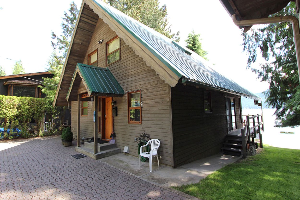 Photo 10: Photos: 6326 Squilax Anglemont Highway: Magna Bay House for sale (North Shuswap)  : MLS®# 10185653