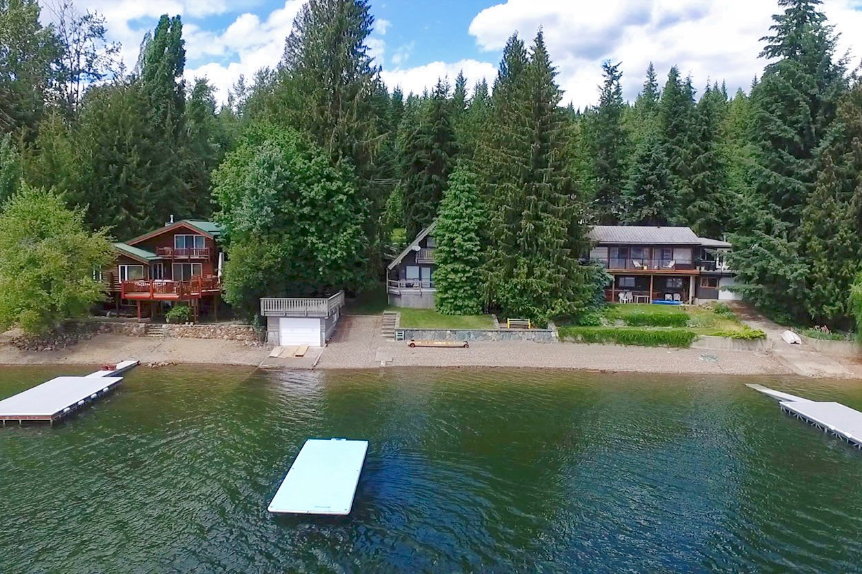 Photo 2: Photos: 6326 Squilax Anglemont Highway: Magna Bay House for sale (North Shuswap)  : MLS®# 10185653