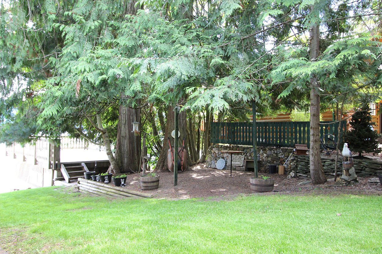 Photo 41: Photos: 6326 Squilax Anglemont Highway: Magna Bay House for sale (North Shuswap)  : MLS®# 10185653