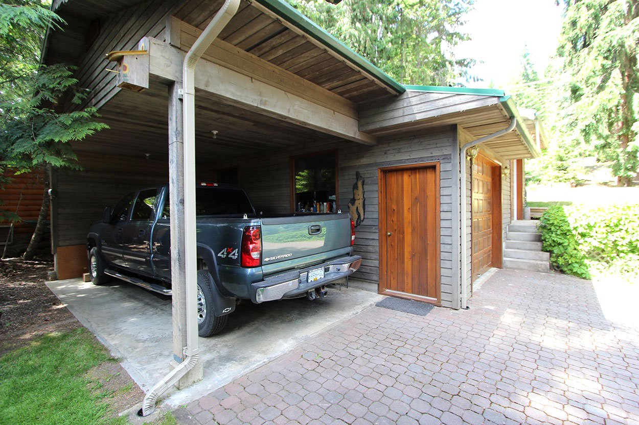 Photo 33: Photos: 6326 Squilax Anglemont Highway: Magna Bay House for sale (North Shuswap)  : MLS®# 10185653