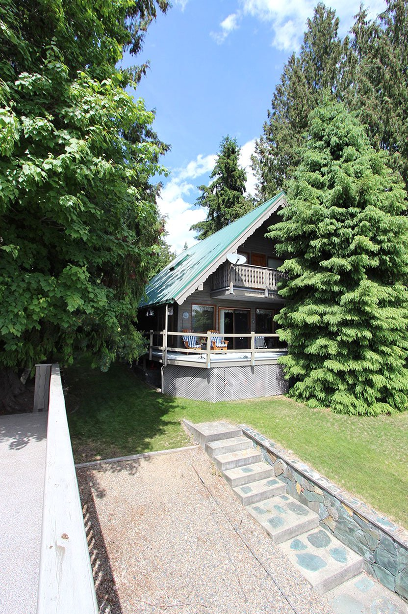 Photo 4: Photos: 6326 Squilax Anglemont Highway: Magna Bay House for sale (North Shuswap)  : MLS®# 10185653