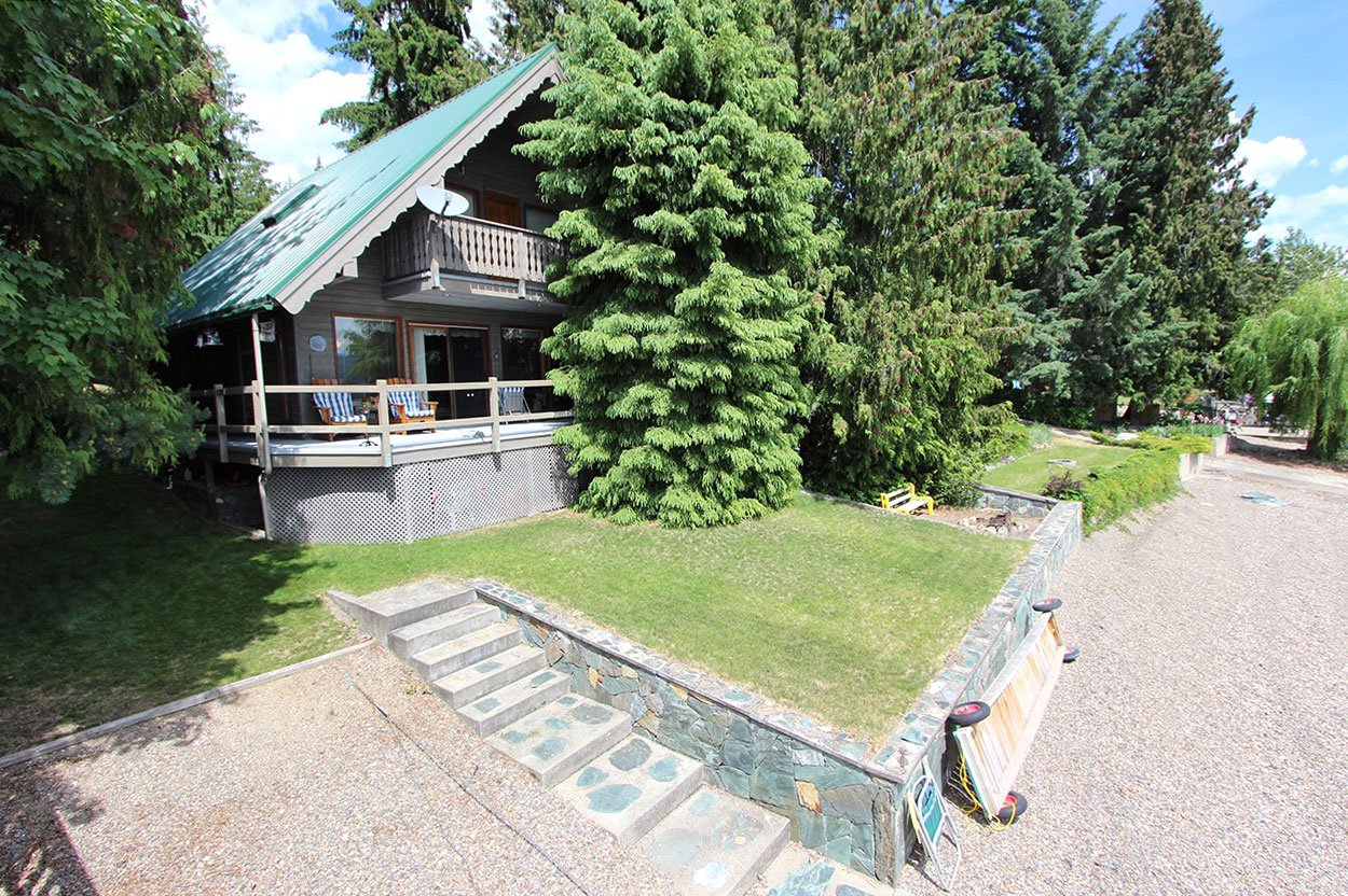 Photo 5: Photos: 6326 Squilax Anglemont Highway: Magna Bay House for sale (North Shuswap)  : MLS®# 10185653