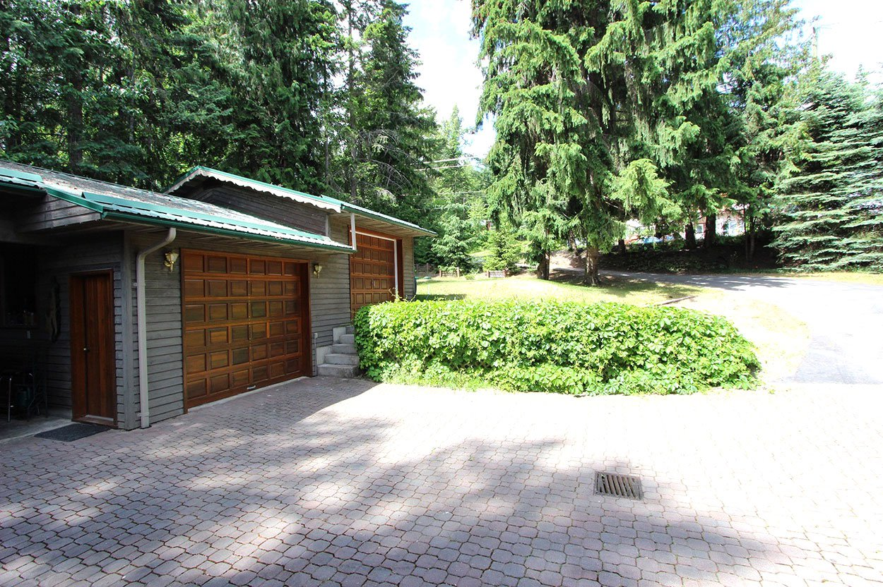 Photo 34: Photos: 6326 Squilax Anglemont Highway: Magna Bay House for sale (North Shuswap)  : MLS®# 10185653