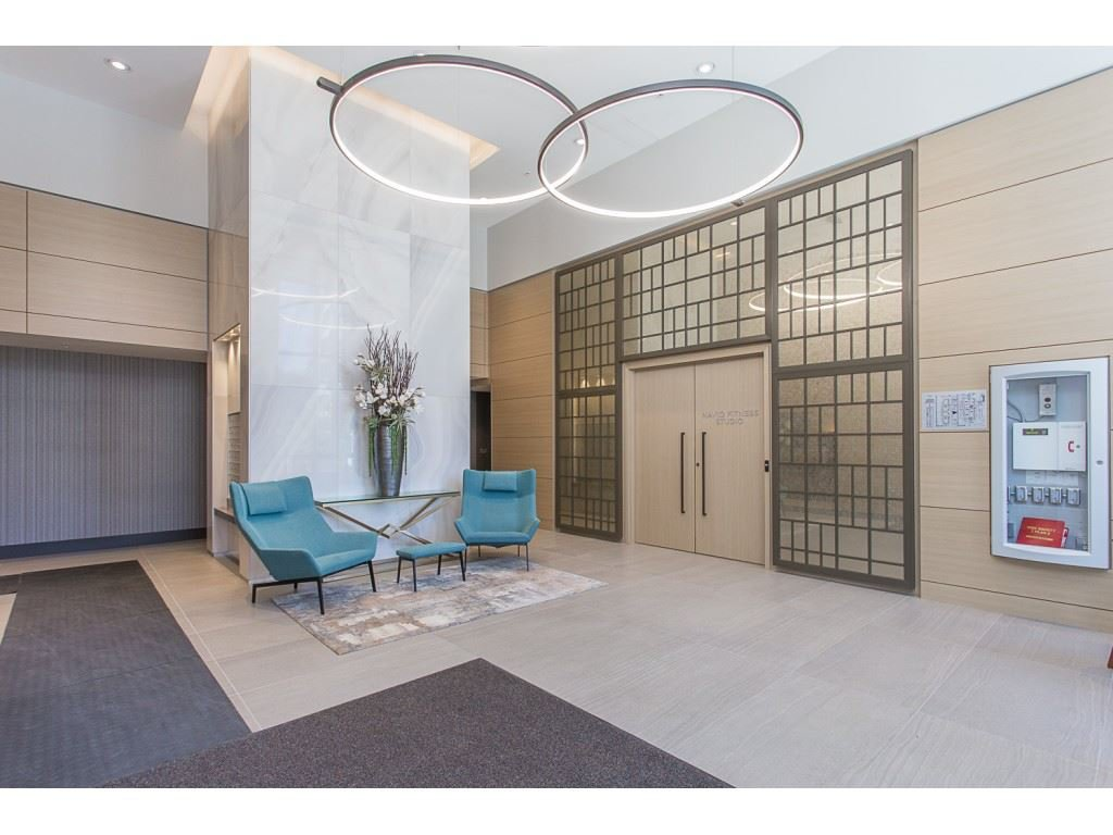Main Photo: 1690 PULLMAN PORTER Street in Vancouver: Mount Pleasant VE Townhouse for sale (Vancouver East)  : MLS®# R2399268