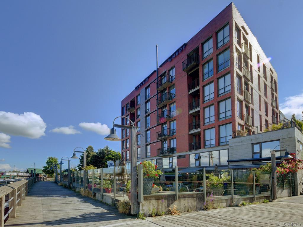 Main Photo: 208 409 Swift St in Victoria: Vi Downtown Condo Apartment for sale : MLS®# 840767