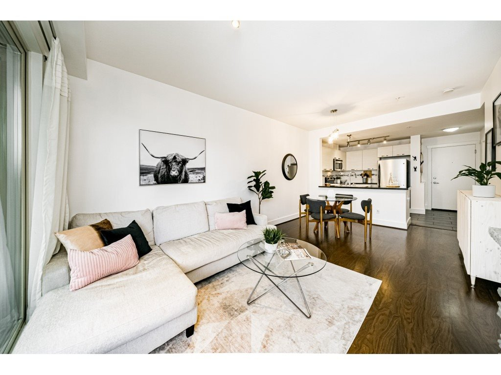 "Main Photo: 305 7428 BYRNEPARK Walk in Burnaby: South Slope Condo for sale in ""The Green"" (Burnaby South)  : MLS®# R2489455"