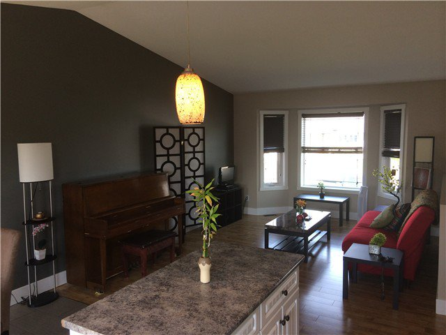Photo 5: Photos: 8727 NE 113A Avenue in Fort St. John: Fort St. John - City NE House for sale (Fort St. John (Zone 60))  : MLS®# N238049