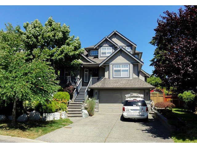 "Main Photo: 5850 167A Street in Surrey: Cloverdale BC House for sale in ""WESTSIDE TERRACE"" (Cloverdale)  : MLS®# F1417659"