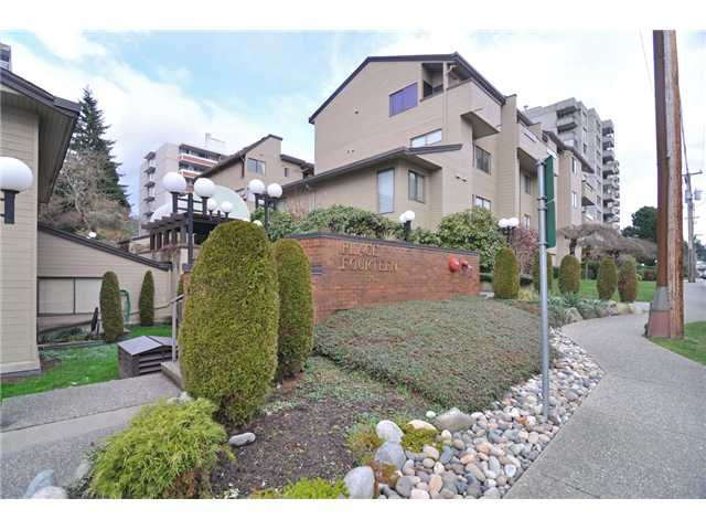 Main Photo: # 406 1363 W CLYDE AV in West Vancouver: Ambleside Condo for sale : MLS®# V1072040