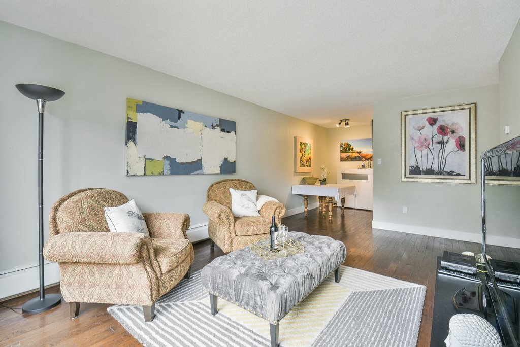 Main Photo: 303 2450 CORNWALL AVENUE in Vancouver: Kitsilano Condo for sale (Vancouver West)  : MLS®# R2317260