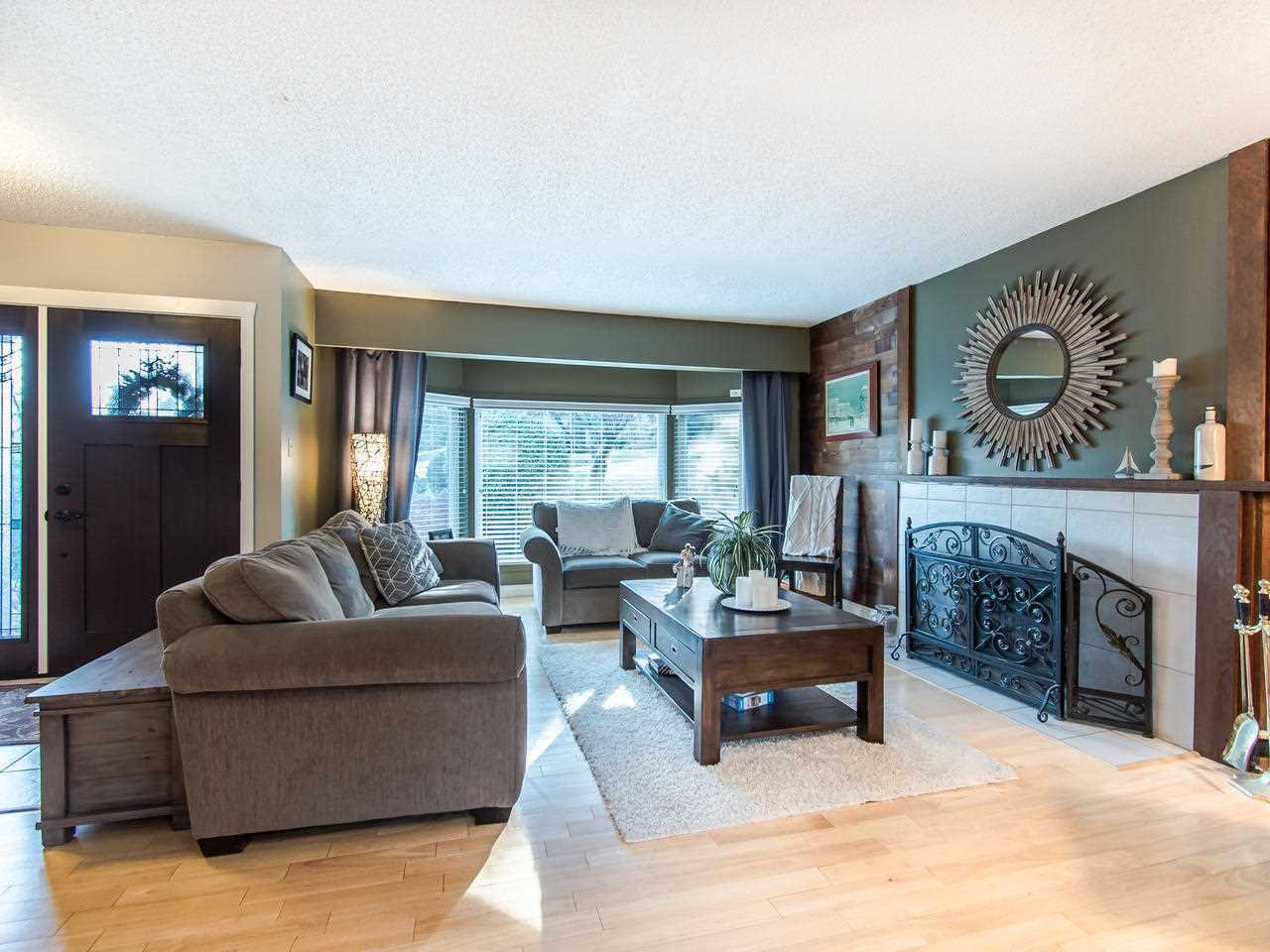 "Photo 6: Photos: 1823 SCARBOROUGH Crescent in Port Coquitlam: Mary Hill House for sale in ""Marry Hill"" : MLS®# R2418443"